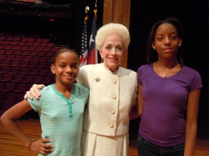 Holland Taylor takes 2 Dream Kids under her wing!